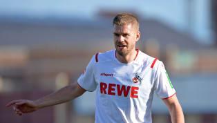 Der Name Simon Terodde steht angeblich immer noch auf der Liste des Hamburger SV für mögliche Verstärkungen im Angriff. Dass diese bitter nötig sind, hat...