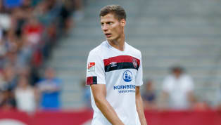 Seit gut dreizehn Jahren ist Patrick Erras ein Teil vom 1. FC Nürnberg. Der Mittelfeldspieler hatte es gerade in den letzten Jahren nicht immer leicht. Nun...