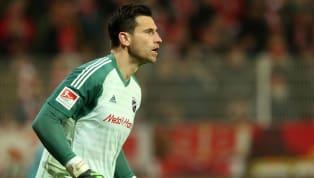 FC Ingolstadt 04  Die offizielle #Schanzer Startelf! 🖤❤️ Auf der Bank: #Heerwagen, @CenkSahin67, #Krauße, #Kotzke, #Träsch, #Pledl, #Kaya#FCID98 #Matchday...