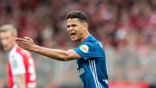 Douglas Santos schließt sich wie erwartet Zenit St. Petersburg an. Dies gab der Hamburger SV am Donnerstagabend offiziell bekannt. Zur Ablösesumme wollte der...