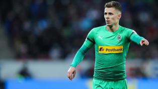 Im Poker um Gladbachs Thorgan Hazard, könnte es nun eine erneute Kehrtwende geben. Der stark umworbene Belgier steht vor allem beiBorussia Dortmundhoch im...