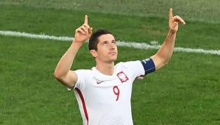 Son but hier n'aura finalement servi à rien. Discret depuis le début de la compétition, l'attaquant du Bayern Munich, Robert Lewandowski a inscrit hier son...