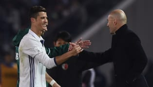 Zinédine Zidane et Cristiano Ronaldo font partie des joueurs qui ont marqué l'histoire du football. Le premier a notamment joué pour de très grands clubs...