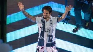 Isco se dit confiant quant à une prolongation avec le Real Madrid, son club depuis 2013. Isco est en ce moment un homme heureux et épanoui dans son football....