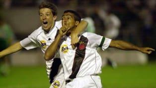 A imprevisibilidade é um fatores que torna o futebol o esporte mais emocionante de todos. Em segundos, uma equipe pode ir do céu ao inferno. Em apenas um...