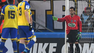 Give Me the Gloves! Dani Alves and 4 Other Outfield Stars Who Tried Their Hand Between the Sticks
