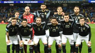 En el primer amistoso de la gira por Europa, que sirve como preparación para la Copa del Mundo de Rusia 2018, Argentina venció con autoridad 2 a 0 a Italia....