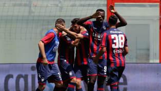 Fondamentale successo del Crotone in ottica salvezza che questo pomeriggionel lunch match della 35esima si impone con un netto 4-1 sul Sassuolo grazie alle...