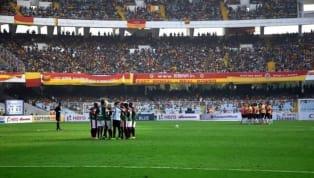 सन्डे को कोलकाताके सॉल्ट लेक स्टेडियम में खेले गएकलकत्ताफुटबॉल लीग के मुकाबले में ईस्ट बंगाल ने शानदार कमबैक करते हुएअपने राइवल्समोहन बागान को 2-2 के...