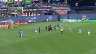 Este sábado elNew York City FCempató 1-1 con elD.C Unitedgracias a un golazo anotado porDavid Villa. La escuadra capitalina tomó la ventaja en el...