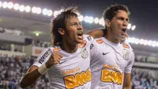 Confira cinco duplas de ataque brasileiras que eram totalmente afinadas e ajudaram suas equipes a conquistar títulos importantes! Romário e Bebeto chegaram a...