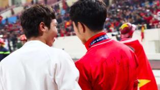 เราคือทีมเดียวกัน ! แข้ง เวียดนาม ทำซึ้งเขียนชื่อเพื่อนที่เจ็บชวดลงเล่น ซูซูกิคัพ ระหว่างฉลองแชมป์