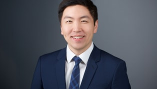 Former MLB executive Chris Park was appointed CEO of Gen.G, the organization announced Tuesday. Co-founder Kevin Chou will assume the role as Executive...