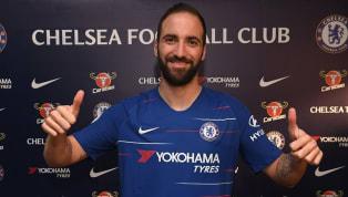 Semua orang pasti mengenal sosok pesepakbola asal Argentina, Gonzalo Higuain. Setelah berkarier di La Ligadan Serie A,kini sang pemain memutuskan untuk...