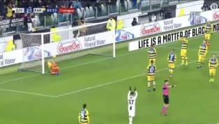  Juventus answers right back!!! What a cross by Mario Mandžukić and the header finish from Cristiano Ronaldo to give Juvnetus a 3-1 lead at Allianz...