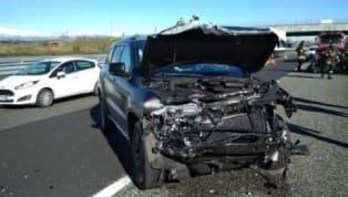 El atacante brasileño de la Juventus colisionó con otro vehículo en la autopista de Santhià, situada en la provincia de Vercelli y la región de Piamonte. Ha...