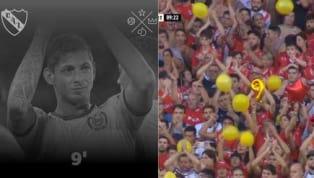 El encuentro que disputaban el Rojo y Unión se detuvo en el minuto 9 para conmemorar la vida de Emiliano, fanático del club deAvellaneda. El mundo del...