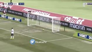  Andrea Poli lança a bola pra área e Mattia Destro antecipa Radu para colocar o Bologna na frente. Bologna 1 x 0 Genoa#BolognaGenoa...