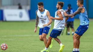 Sem contar com o técnico Renato Gaúcho, que está fazendo o curso de treinador pela CBF,o Grêmiofez neste sábado (16) seu último treino antes do jogo...