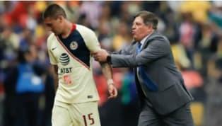 El atacante chileno, Nicolás Castillo, mostró su enfado al salir de cambio para dar entrada a Henry Martín en el duelo de los Cuartos de Final de la Copa MX,...
