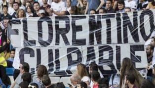 En los primeros minutos del partido entre el Real Madrid y Celta en el Santiago Bernabéu la seguridad comenzó a retirar pancartas en contra del presidente...