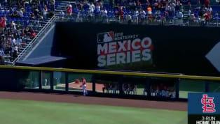 Rojos de Cincinnatise enfrentan aCardenales de St. Louisen la #MéxicoSeries que se está llevando cabo en Monterrey. El dominicano Marcell Ozuna se...