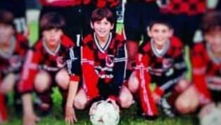 Hoy en día es muy común entrar en Internet y buscar diversas entrevistas aLionel Messi, el mejor jugador del mundo, pero cuando era muy chico fueron pocos...