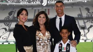 Georgina Rodriguez, compagna di Cristiano Ronaldo, ha parlato del suo rapporto con il fenomeno dellaJuventuse anche della sua vita. La bella modella...