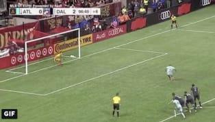 El delantero venezolano Josef Martínezconvirtió este sábado el único gol delAtlanta United, que perdió 2-1 ante el FC Dallas. Josef Martinez takes the...