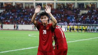 Hậu vệ Đỗ Duy Mạnh đã khiến nhiều CĐV Việt Nam lo lắng khi bất ngờ dính chấn thương sau trận đấu giữa Hà Nội và Thanh Hóa tại vòng 9 V-League vừa qua. Ở trận...
