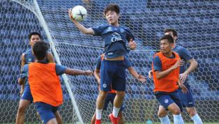 Tiền vệ Lương Xuân Trường đã gửi lời cảm ơn đến người hâm mộ Buriram United đồng thời khẳng định, anh sẽ sớm trở lại với phong độ cao nhất để giúp đỡ đội...