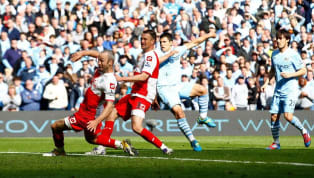 Los dos equipos de Manchester llegaban a la última fecha de la Premier League igualados en puntos, pero el City con +63 de diferencia de gol contra +55 del...