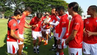 El plantel de las Chivas Rayadas de Guadalajara sigue realizando su pretemporada en Verde Valle, por el cual trabajan arduamente en el parte física y...