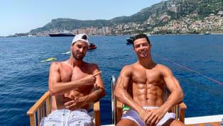 Alors que les dirigeants de laJuventussont en pleines négociations avec plusieurs pépites susceptibles de rejoindre le club cet été,Cristiano...