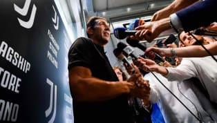 Gianluigi Buffonnella sua seconda avventura allaJuventusindosserà la maglia numero 77. A riportare la notizia è lo stesso estremo difensore bianconero...