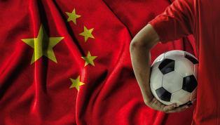 Hãy cùng 90min nhìn lại 8 thương vụ đắt giá nhất lịch sử bóng đá Trung Quốc. Đây là trường hợp khiến nhiều CĐV đau buồn nhất. Oscar rời bỏ Chelsea ở độ tuổi...