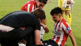 Tras regresar de una lesión de rodilla sostenida en abril y que le impidió participar en la Copa Oro con México, Hirving Lozano acabó el partido...