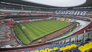 Como si fuese un espectador más del duelo más esperado del fin de semana en laLiga MX, la lluvia esperó a que terminara el partido...