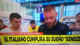 Daniele De Rossiè atterrato in Argentina ed è pronto ad iniziare la nuova avventura al Boca Juniors. Dopo i saluti allaRomael'arrivo all'aeroporto di...