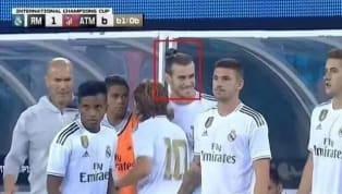 Bức ảnh Gareth Bale tươi cười dù choReal Madridđang thua thảm trong trận derby với Atletico Madrid trên đất Mỹ hôm 27.7 vừa qua đang được cư dân mạng bàn...