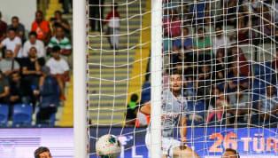 UEFA Şampiyonlar Ligi 3. ön eleme turu ilk maçında temsilcimiz Medipol Başakşehir, kendi sahasında Olympiakos'a 1-0 mağlup olarak tur şansını zora soktu....