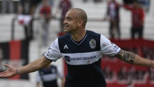 El uruguayo dio positivo por testosterona en un control realizado tras el partido del 12 de abril frente a Newell's cuando era jugador de Gimnasia. Recordamos...