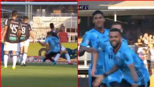 Hậu vệ lừng danh Dani Alves mới đây đã lập công mở tỉ số ngay trong trận ra mắt màu áo đội bóng mới Sao Paulo mà đặc biệt hơn là anh chơi ở vị trí tiền vệ...