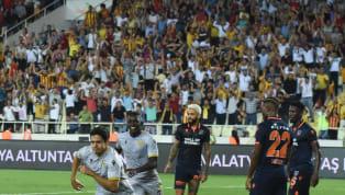 Hafta içinde Avrupa kupası maçlarına çıkan iki ekibin ilk hafta randevusunda Yeni Malatyaspor,Medipol Başakşehir'i3-0 mağlup etti. Sarı-siyahlı ekibe...