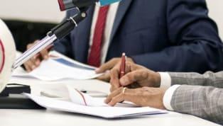 Transfer döneminin devam ettiği günlerde imzalar da arka arkaya atılıyor. Tabii akıllara şu soru geliyor: Sayfalarca olan bu sözleşmelerde neler yazıyor?...