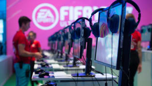 Merakla beklenen FIFA 20, ay sonunda piyasaya çıkmış olacak. Electronic Arts'ın geliştirdiği oyunun yeni sürümünde en iyi 100 oyuncu açıklanırken, Eden Hazard...