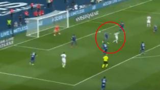 Después de toda la polémica entorno al fichaje frustradode Neymar Jr. por el FC Barcelona, finalmente el futbolista brasileño apareció disputando el primer...