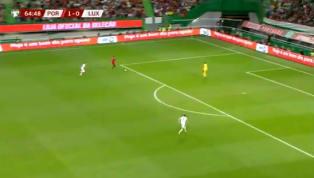  Gol de Cristiano Ronaldo pic.twitter.com/dIt55Aiken — NB (@nahuelbeaug) October 11, 2019 90min sbarca su Telegram: iscriviti al nostro canale per restare...