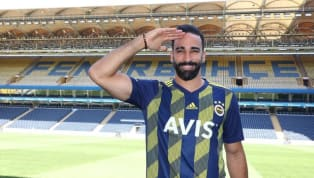 ERRATUM (18/10) : Cette photo a été postée par Adil Rami il y a plusieurs semaines sur son profil et ne représente pas le salut militaire turc comme indiqué...