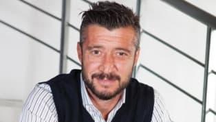 Eski futbolcu ve spor yorumcusu Tümer Metin, Fenerbahçe'ninDenizlispor'u2-1 mağlup ettiği maçı yorumladı. İşte Tümer Metin'in yaptığı yorumlar;...